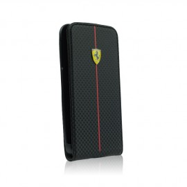 Etui iphone 5 / 5s / SE Ferrari flip noir aspect carbone